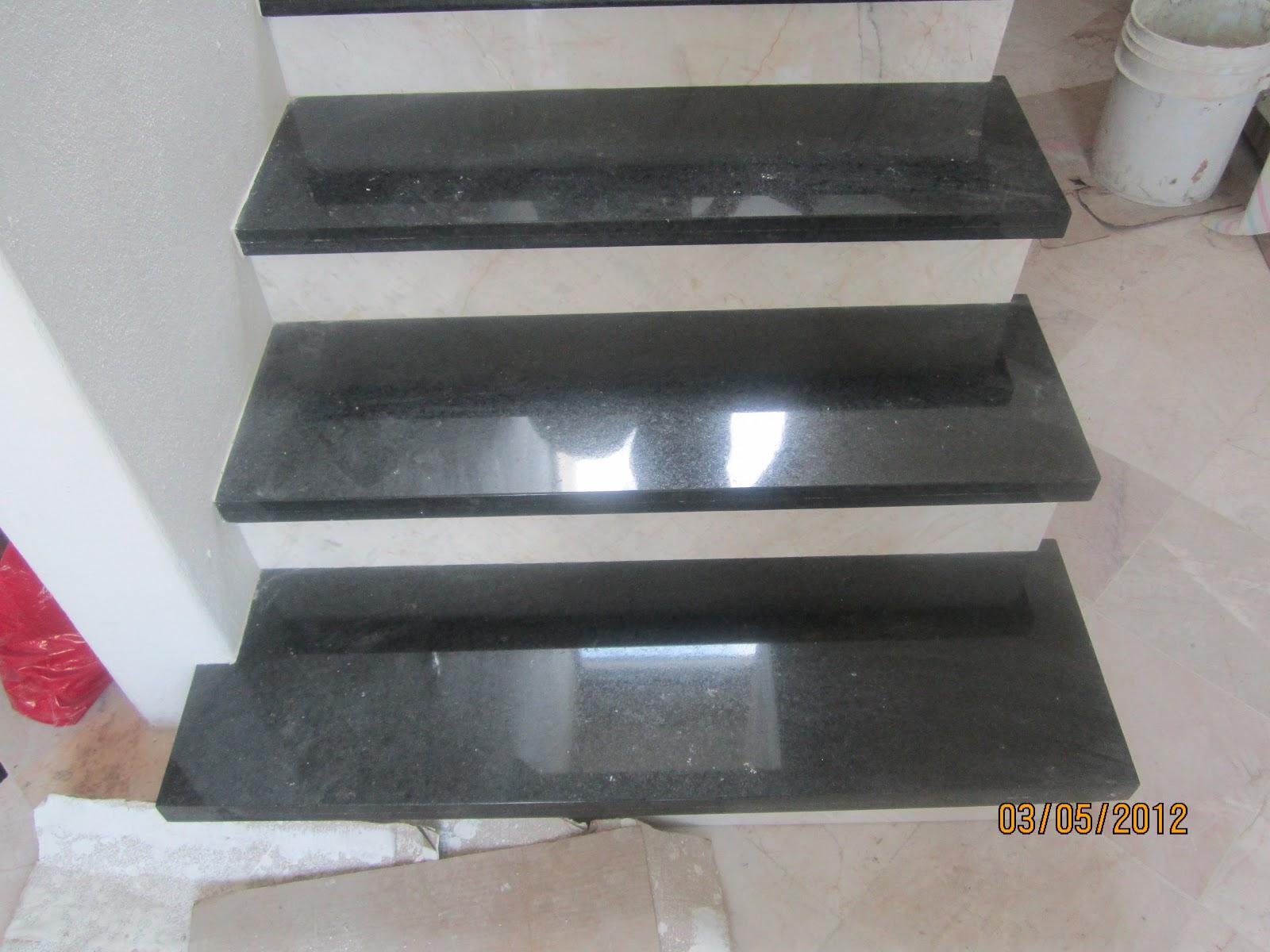 M rmoles y granitos marmoles y granitos marlin pikapiedra for Piso de marmol negro