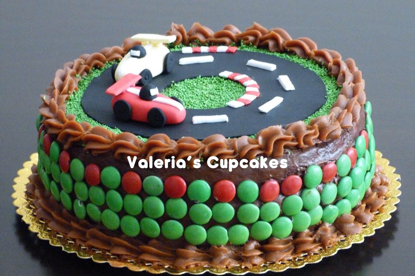 Valeria s cupcakes autitos en mi torta for Decoracion de tortas faciles