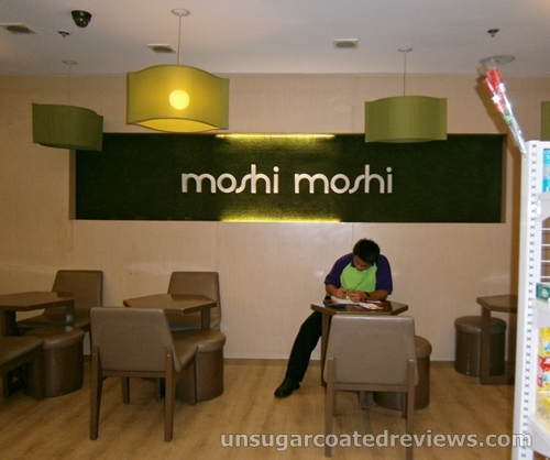 comfortable cushioned seats at Moshi Moshi