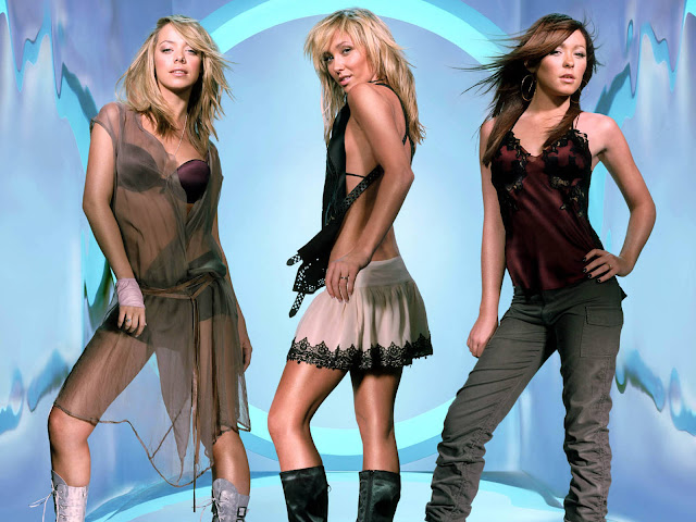 Hot Pictures of Atomic Kitten