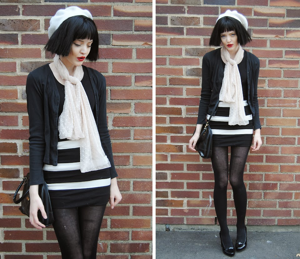 boina, saia listras, jaqueta preta, lenço poá branco