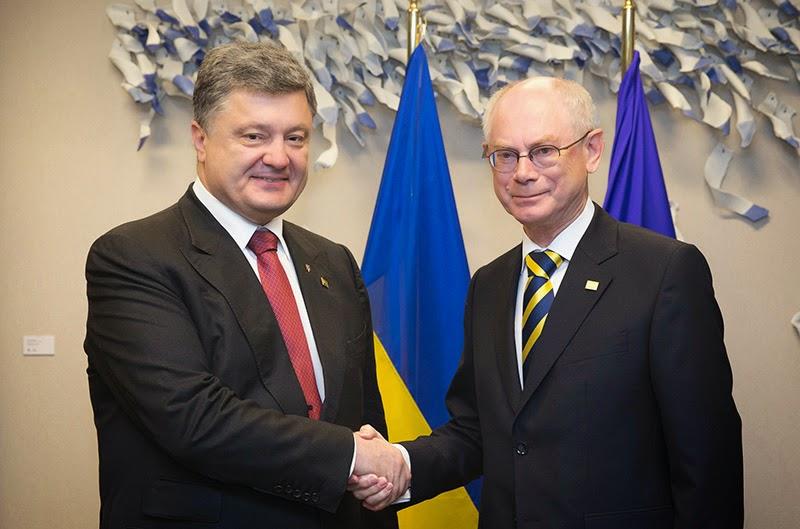 Президент Порошенко заявил  что достигнуты договоренности об одновременной ратификации соглашения Верховной Радой и Европарламентом, выделении военно-технической помощи Украине и дополнительных средств в размере 1 млрд евро
