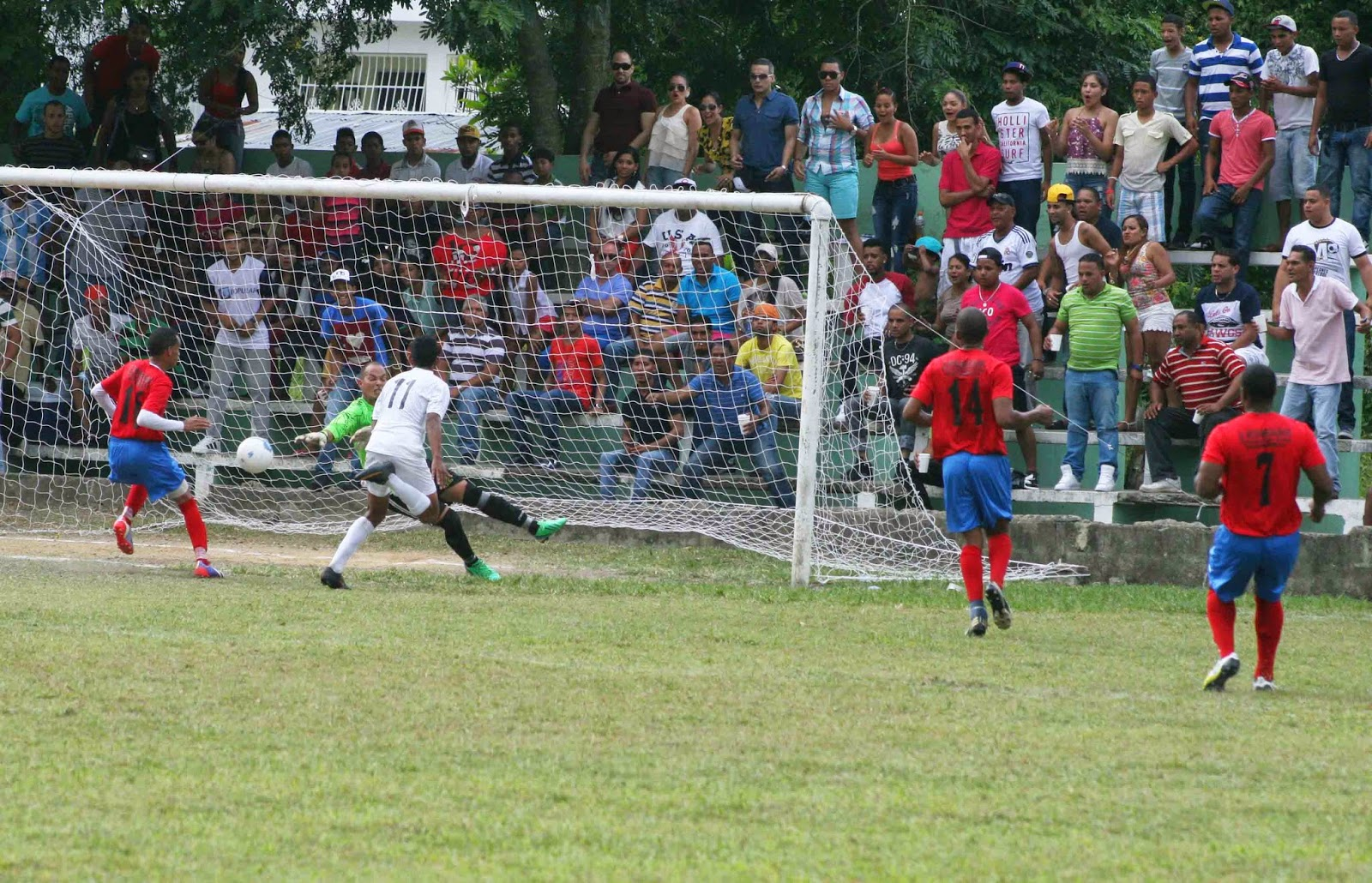 San Cristóbal clasifica para play off