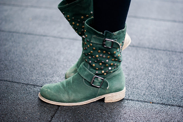 green boots zara knitwear green zipper
