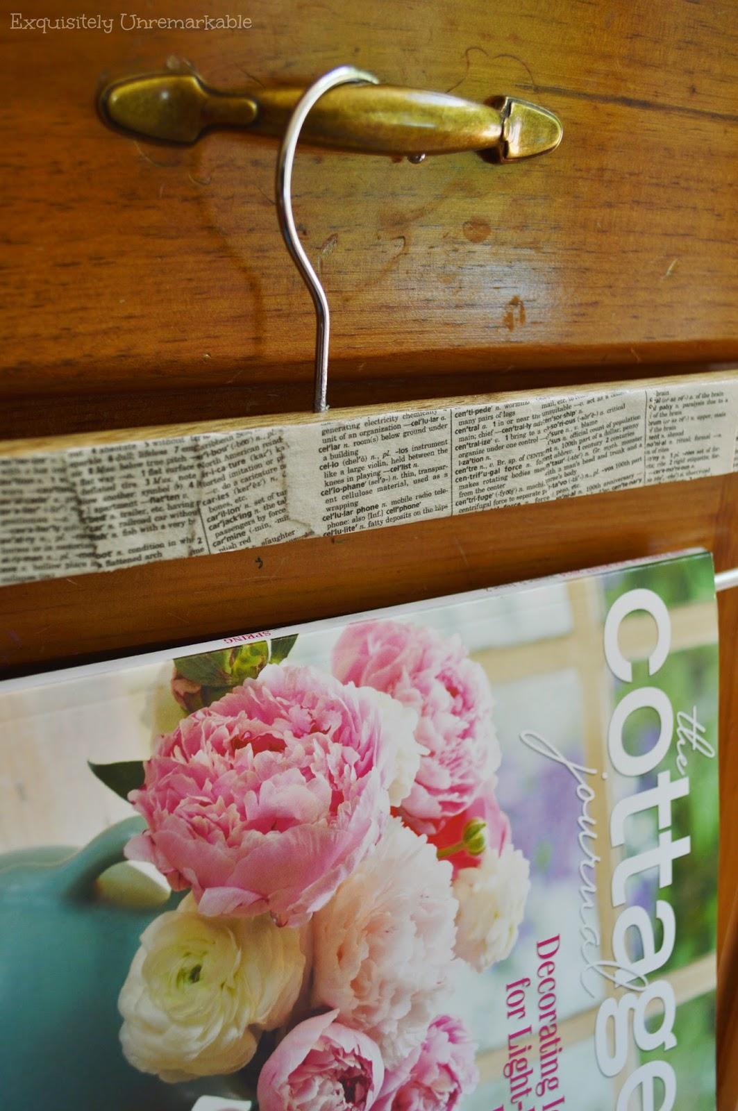 Book Page Magazine Hanger