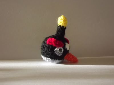 mini angry bird bomba
