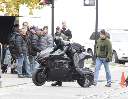 La nueva moto de Robocop mola bastante, incluso de lejos