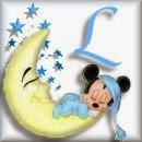 Alfabeto de Mickey Bebé durmiendo en la luna L.