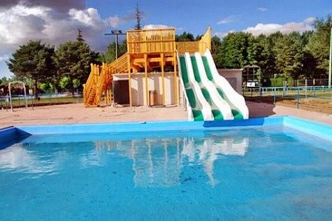 Valencia de don juan piscinas mira mi mundo for Piscinas publicas valencia