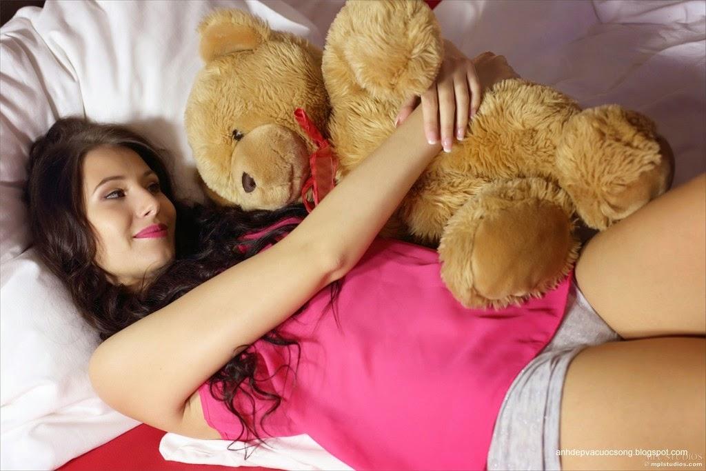 Người đẹp yêu thích gấu bông 10