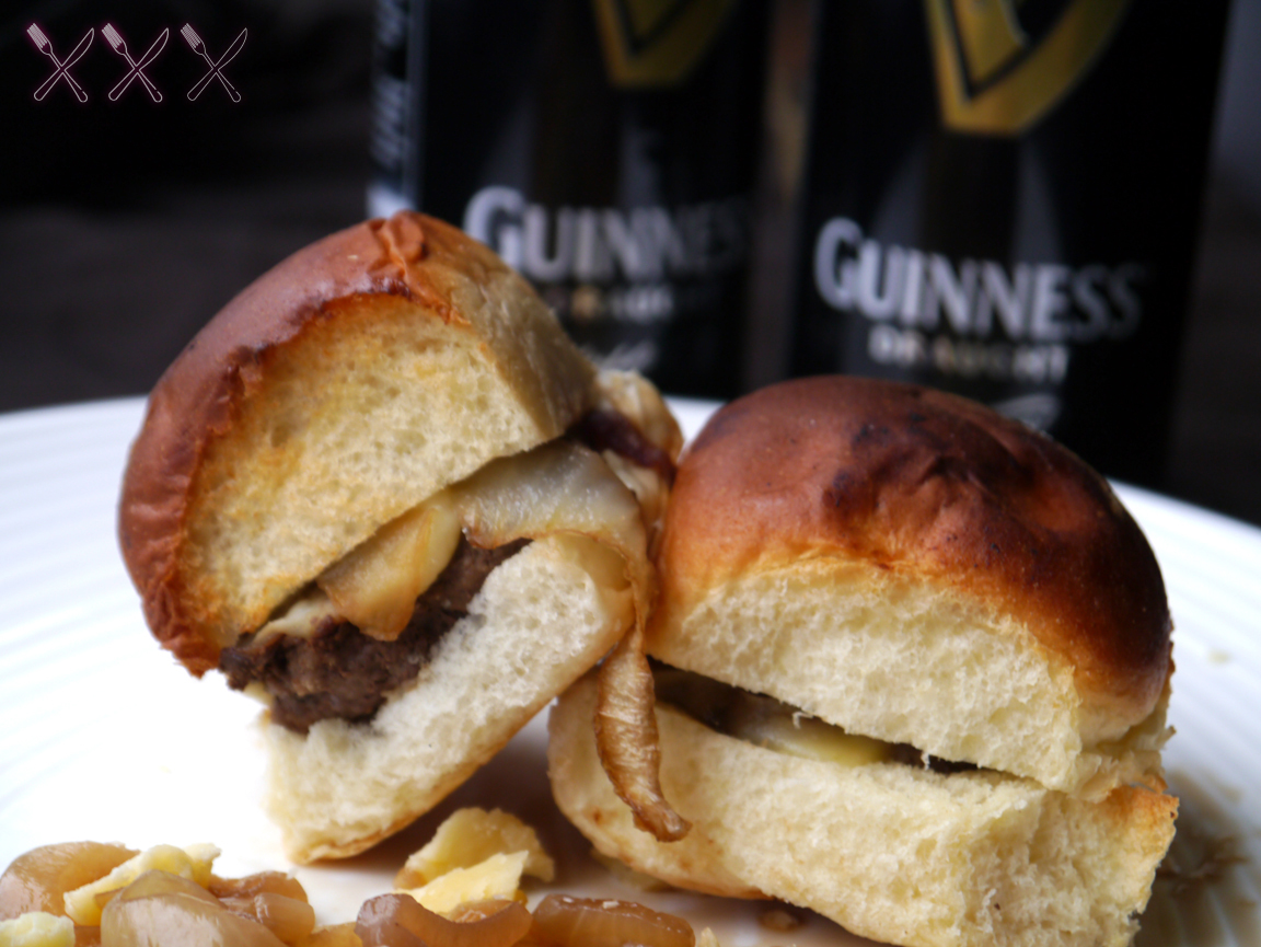 NY FoodGasm: Double Stout Guinness Sliders