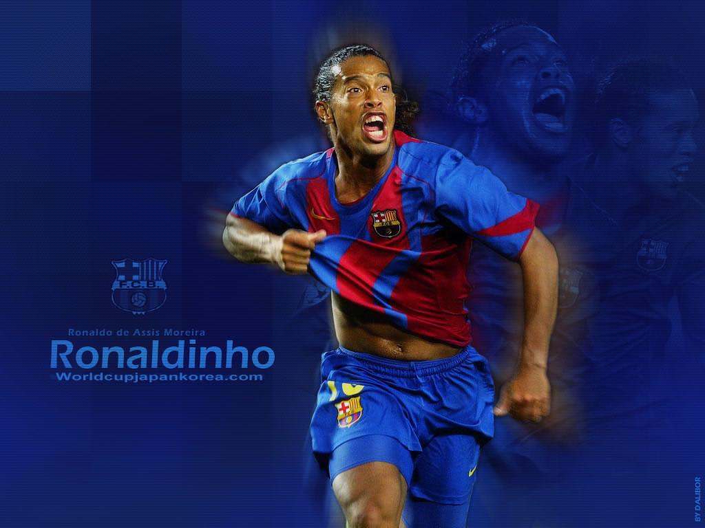 http://3.bp.blogspot.com/-YOU3BiOP7Yo/Trkx_ONnyRI/AAAAAAAAAIg/uq0j6sY2AJo/s1600/Ronaldinho+Wallpaper+New+2011.jpg
