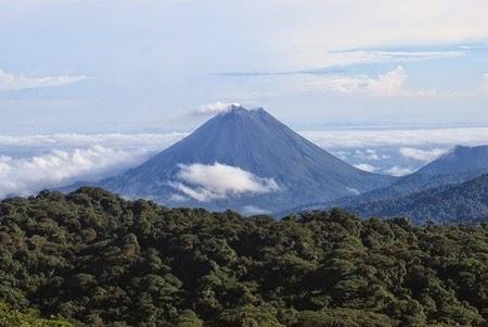 Arenal Yanardağı Kosta Rika