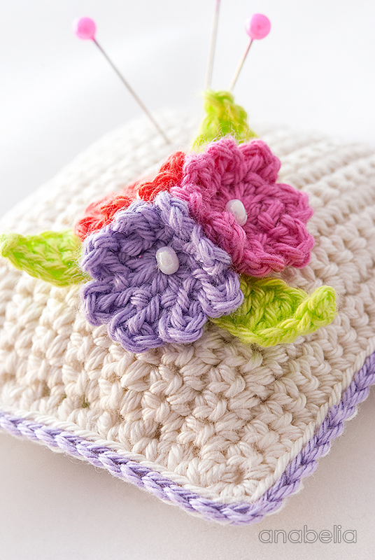 Crochet Flower Pincushion Pattern : Small flowers crochet pincushion giveaway Anabelia Craft ...