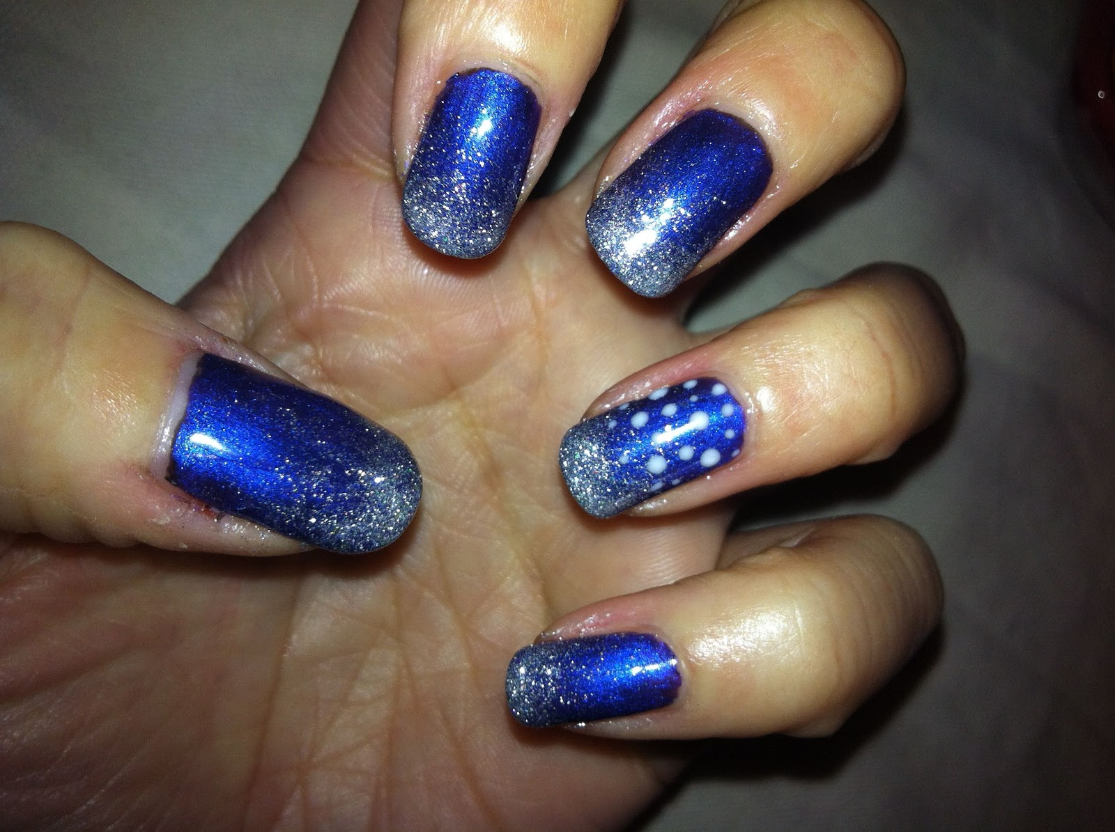 Brush up and Polish up!: CND Shellac Nail Art - Glitter Fade ...
