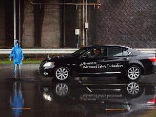 Fitur Yang Harus dimiliki Mobil di Tahun 2014