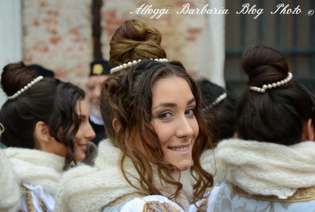 Maria in sfilata