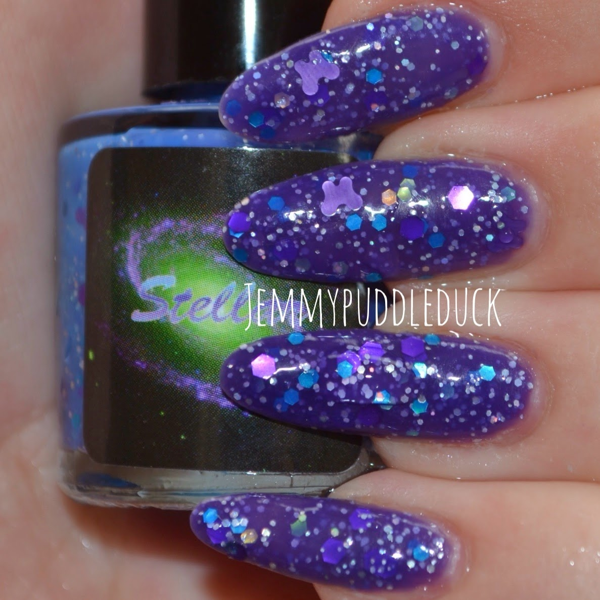 Ayla Stellar nail polish thermal glitter varnish