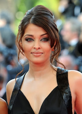 Indian Hairstyles - Aishwarya Rai Hairstyles