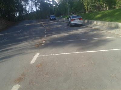 Parque de estacionamento ao lado Parque de Merendas