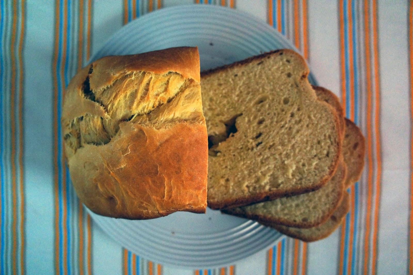 Pão de iogurte e azeite [máquina de fazer pão]