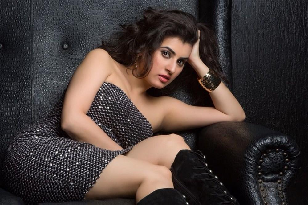 Actress Archana [Veda] New Portfolio Images