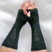 Pine Tree & Cone Fingerless Gloves