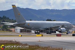 Avión multiproposito Boeing KC-767 de la Fuerza Aérea Colombiana a su arribo  a Rionegro para la Feria aeronáutica internacional.