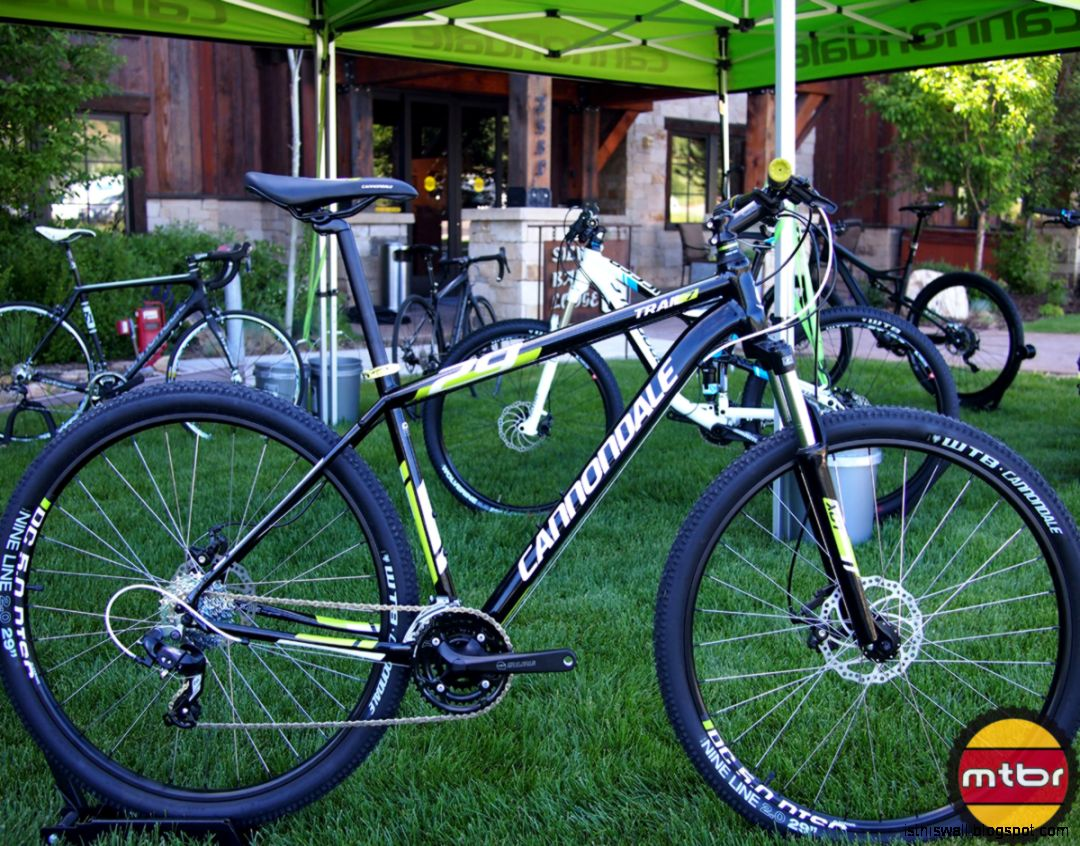 Cannondale Trail 7 29Er Mountain Bike