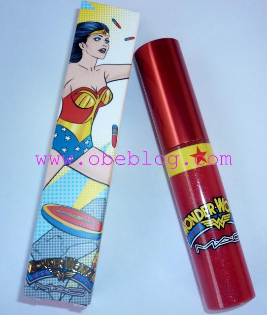 I_♥_Wonder_Woman_M·A·C_02