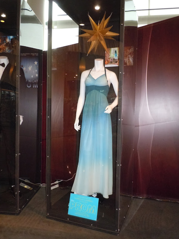 Dress worn by Danielle Campbell in Prom as Simone Daniels