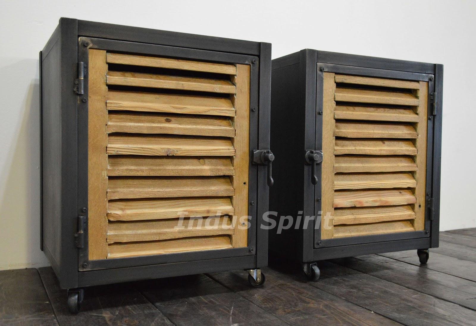Tables de chevet style industriel for Table de nuit style industriel