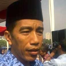 Dari Lubuk Hati yang Paling Dalam, Jokowi Tolak Mobil Murah