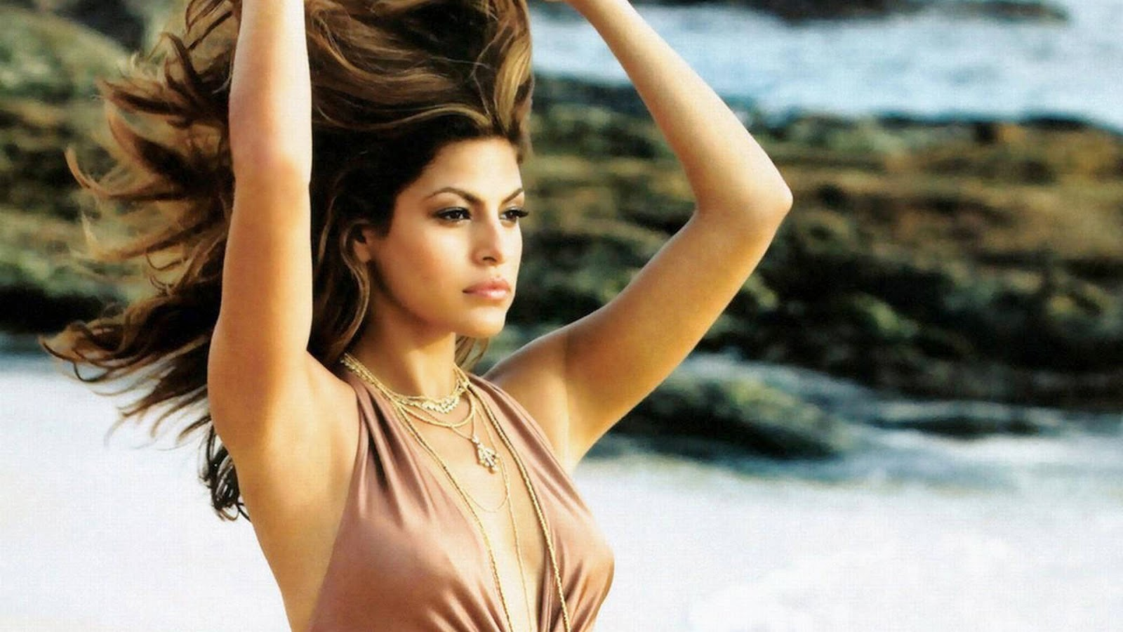 Eva mendes full hd photo with nice hair style