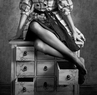 mulher armário