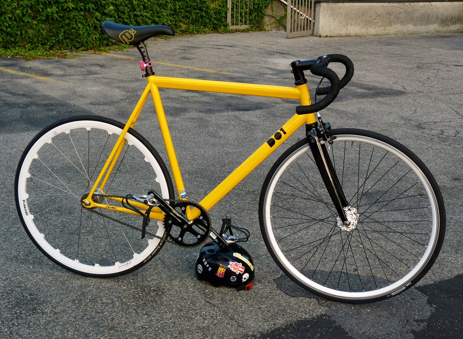 Desgenà D01 fixed gear bike of Riccardo Pozzato from Italy