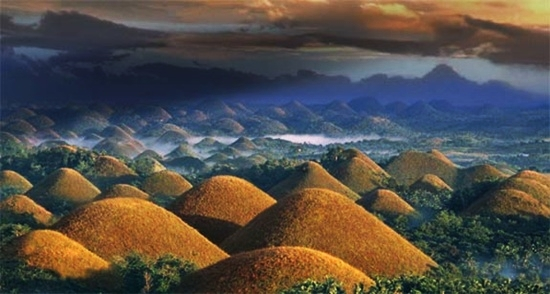 Chocolate-Hills-Bohol-Filipina-2