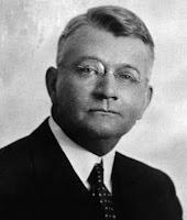 Ralph Nelson Elliott, retrato