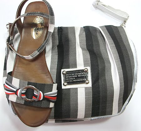 Сандали и чанта сиво-черно-бяло райе