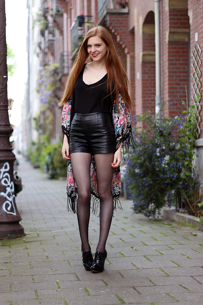 Outfit | Faux Leather & Kimonos | Retro Sonja | Vintage ...