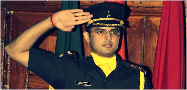 Sachin Pilot in territorial Army Uniform