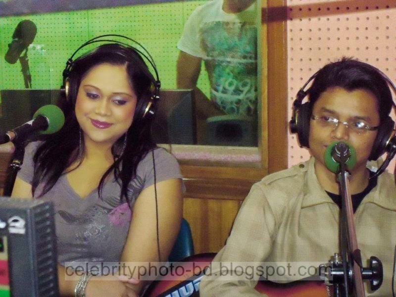Bangladeshi+Hot+Singer+Girl+Palbasha+Siddique+In+Western+Hot+Dress006