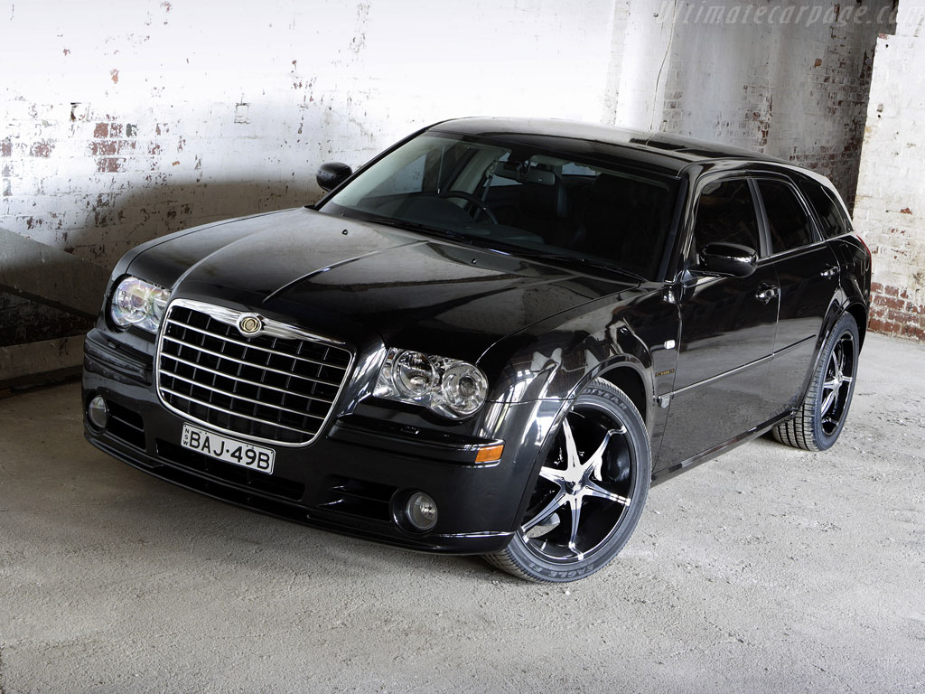 Chrysler 300c touring car review for Chrysler 300c