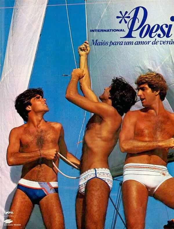 Propaganda da Internacional Poesi com moda praia para homens nos anos 80.