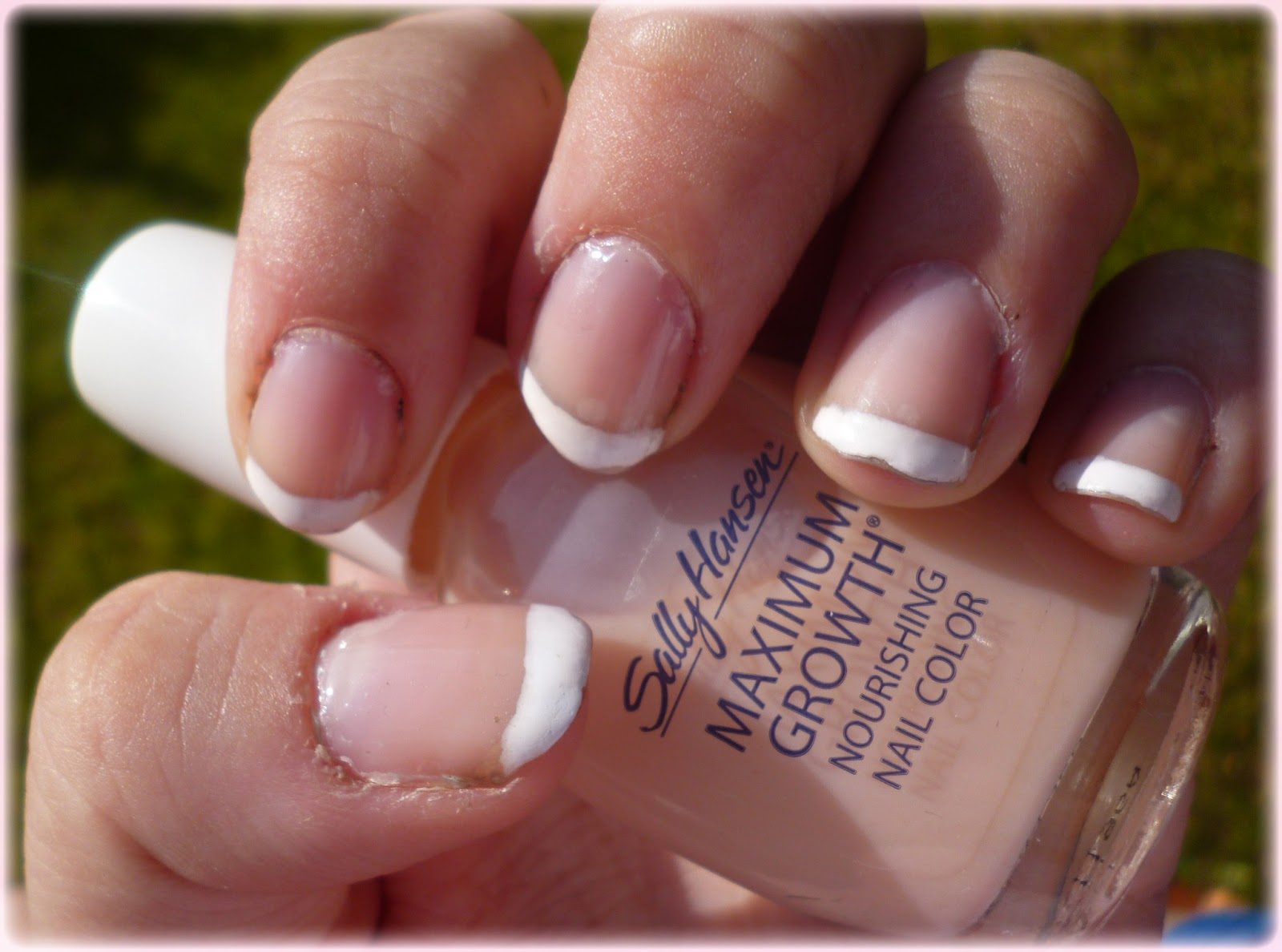 GraciiousMe: NOTW - Sally Hansen French Manicure Kit