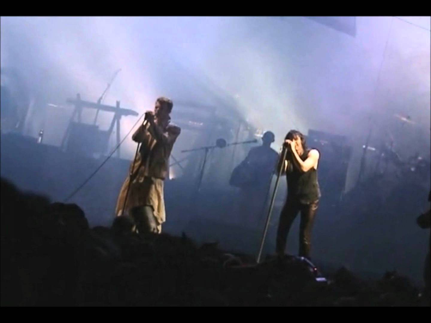 The Rev\'s Concert Blogspot: Nine Inch Nails / David Bowie - 1995-10 ...