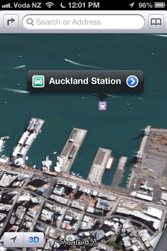 Nouvelle Zelande - Auckland - gare dans le port