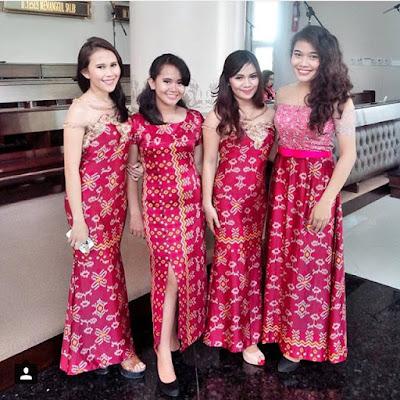 kebaya panjang modern warna pink motif batik