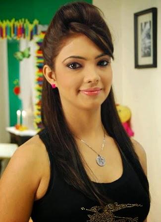 Pooja Banerjee Pemeran Perizaad di Hatim (Foto Profil Biodata)
