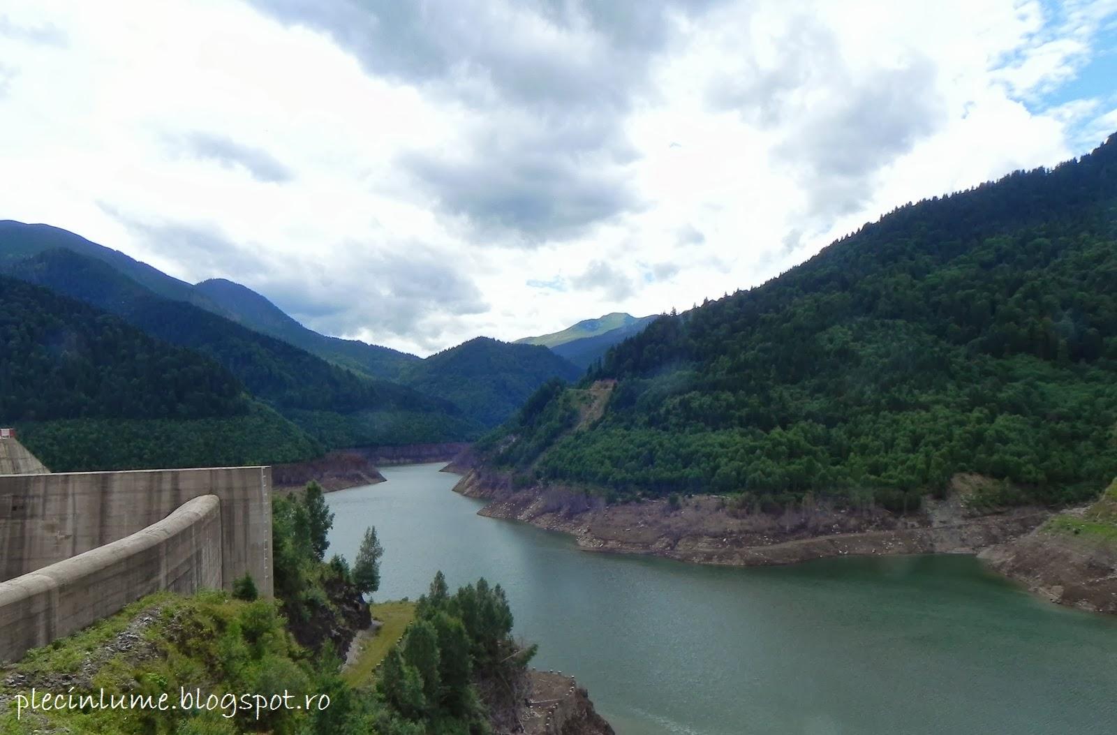 Lacul Gura Apelor din Retezat